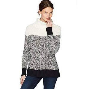 VINCE CAMUTO Textured Stitch Colorblock Sweater